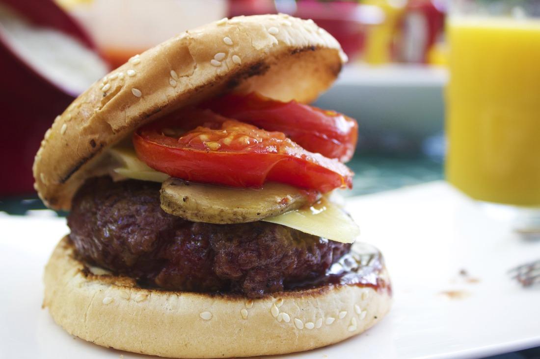 burger-851847_1920