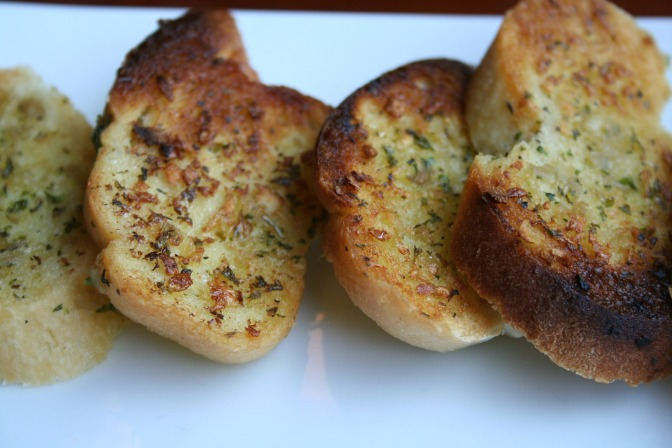 garlic-bread-661578_1920