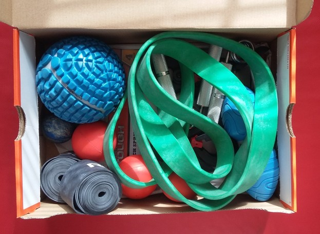 Smaller fitness equipment can be kept together.
